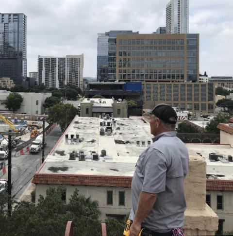 Austin, TX - Commercial AC service. Perform cooling evaluation on 4 ac systems. All 4 systems are cooling properly at this time.