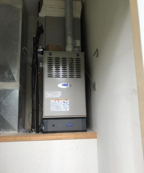 Smithville, TX - Air conditioning. Install new Carrier Infinity furnace. The system is working properly at departure.