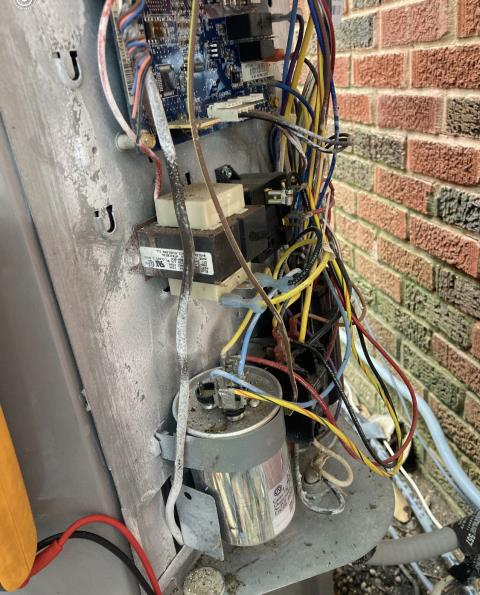 Smithville, TX - Air conditioning companies. Perform system inspection. Replace the capacitor and contactor. The air conditioner is cooling properly at this time.