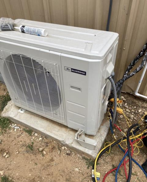 Bastrop, TX - Air conditioning. Install new ductless mini split system. Check operation. The air conditioner is cooling properly at this time.