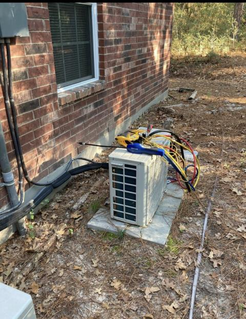 Bastrop, TX - AC repair.  The ductless mini split system is not coming on. Perform system evaluation and make repairs. The ac system is working properly at this time.