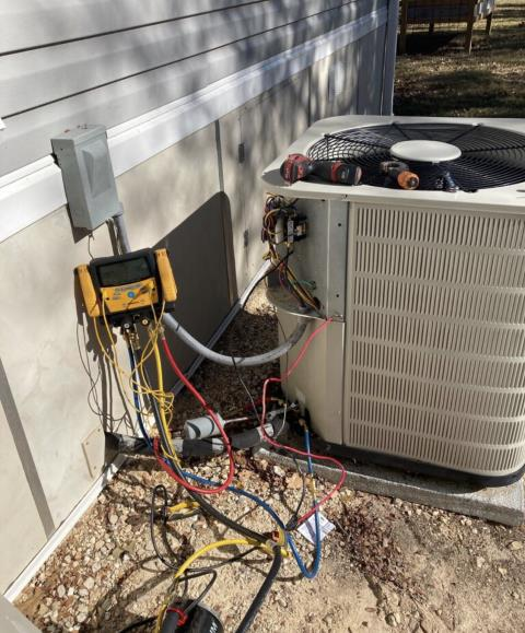 Bastrop, TX - AC repair. Perform heating evaluation. The system is working properly at this time.
