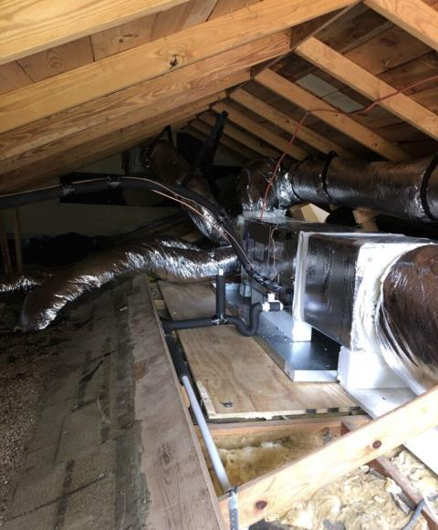 Cedar Creek, TX - Air conditioning and heating. Install new Carrier ac system. The system is working properly at departure.