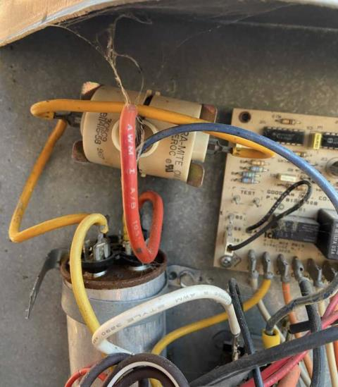Cedar Creek, TX - Air conditioning repair. Air conditioner is not coming on. Make repairs. The HVAC system is working properly at this time.