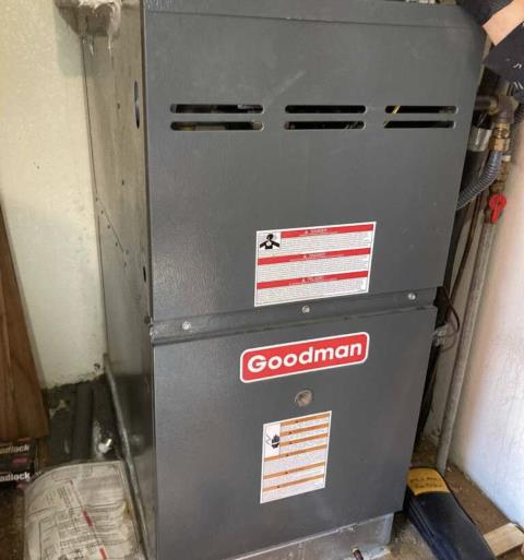 Cedar Creek, TX - Air conditioning companies. Perform heating evaluation on Goodman system. The Goodman system is heating properly at this time.
