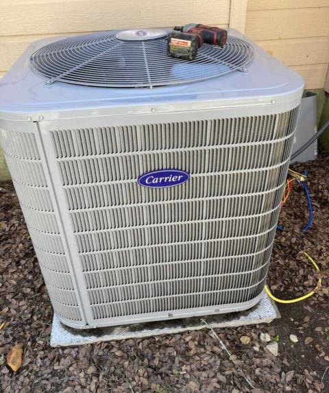 Cedar Creek, TX - AC service. The air conditioner is blowing hot air. Make repairs. The air conditioner is cooling properly at this time.