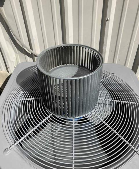 Smithville, TX - Air conditioning and heating repair. The AC is not working properly. Pull and clean the coil and air circulation system. The AC is now cooling properly.