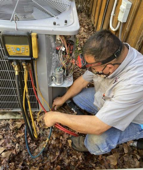 Cedar Creek, TX - AC repair. Perform cooling evaluation on ac system. The air conditioner is cooling properly at this time.