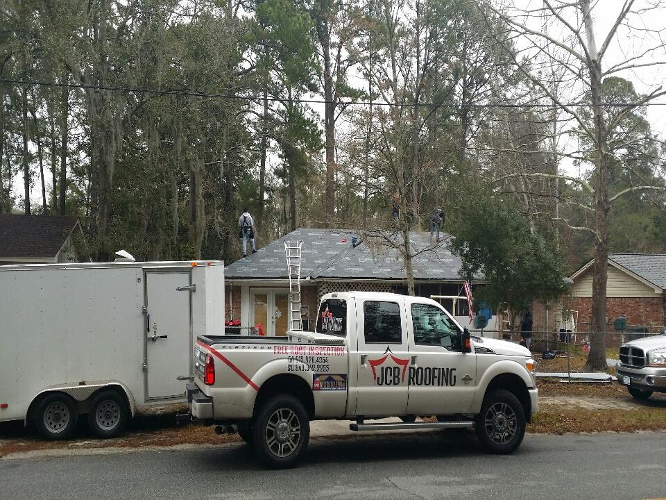 Hinesville, GA - installing Max-rib screw down metal roof in Hinesville