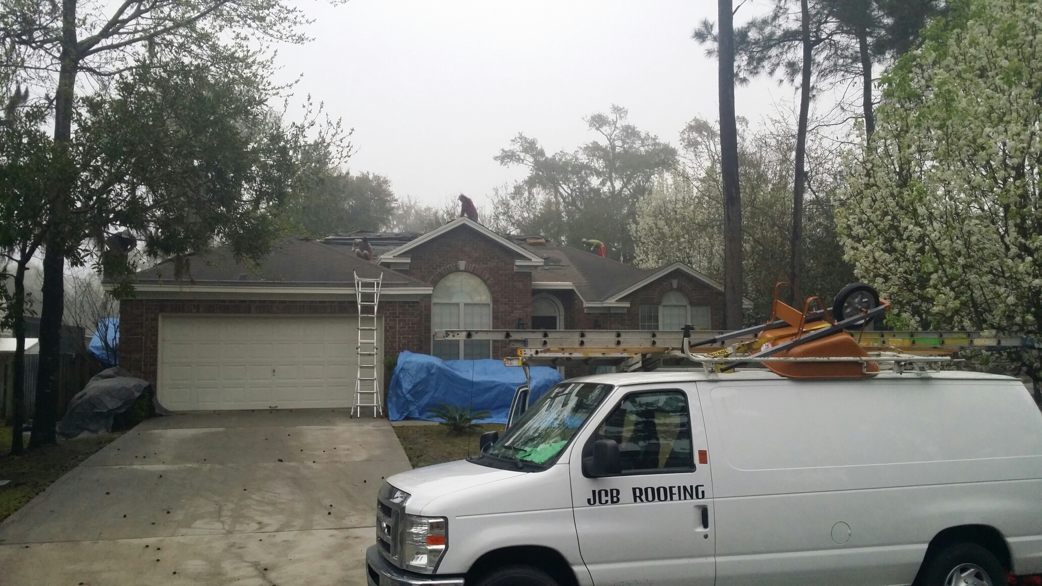 Wilmington Island, GA - Tear off in Wilmington Island with certainteed lifetime architectural shingles.
