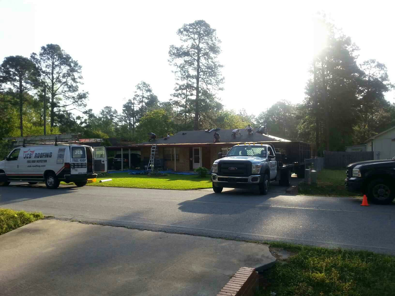 Hinesville, GA - Complete tear off and reroof replacement in Hinesville Georgia with Certainteed architectural shingles. install 20 year TPO flat porches