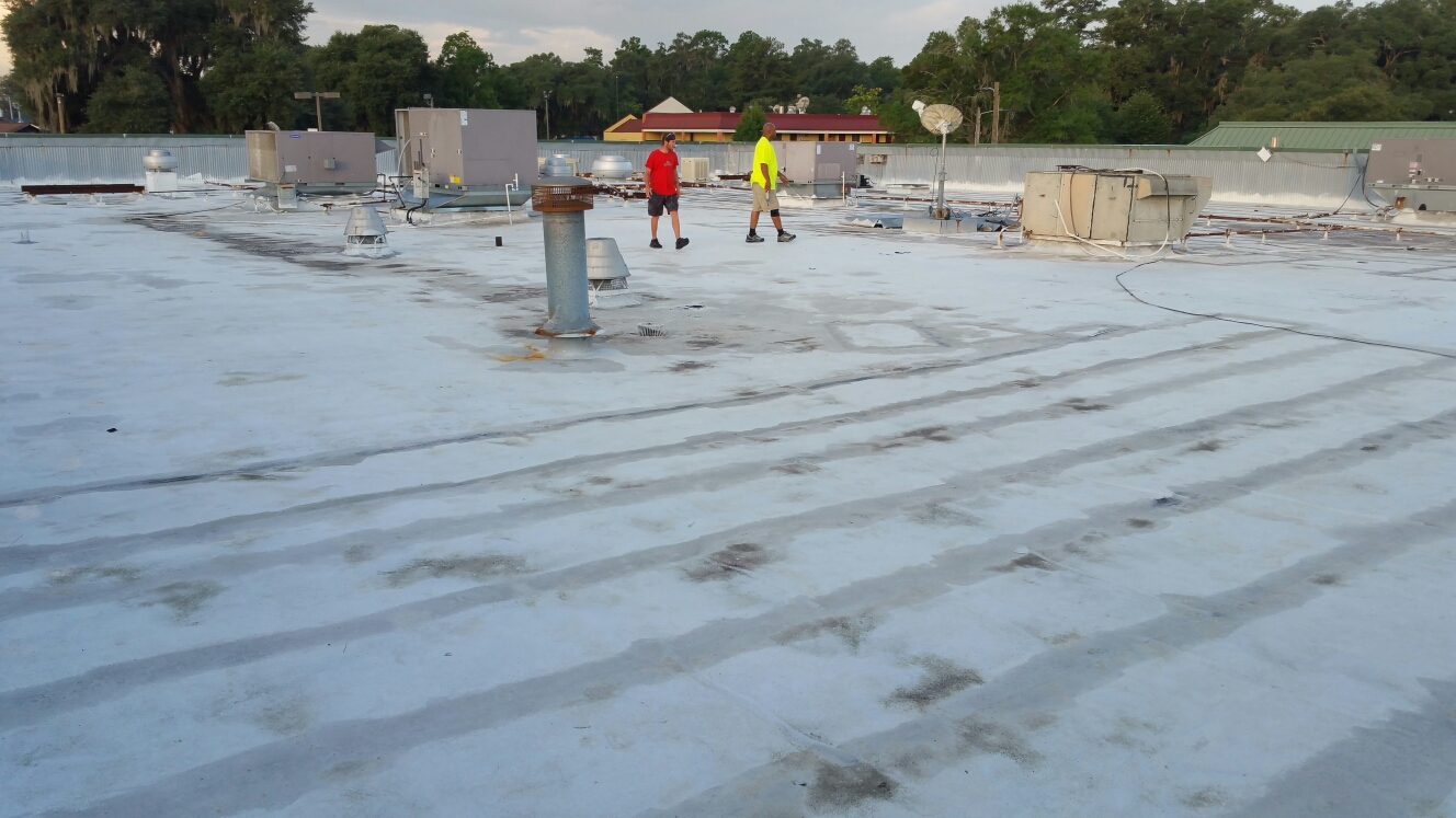 Hinesville, GA - 200sq of TPO.  Commercial flat replacement / installation