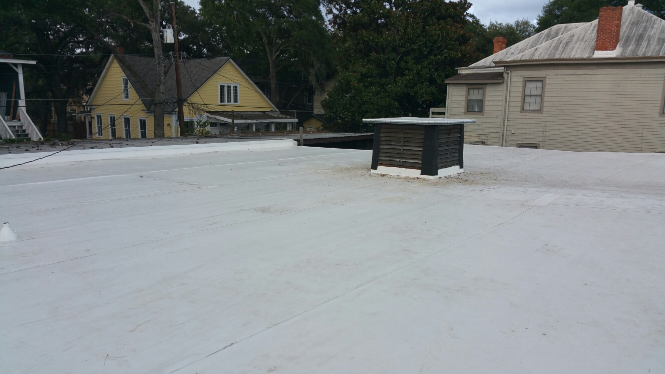 Hinesville, GA - new flat roof install by local roofing company JCB ROOFING
