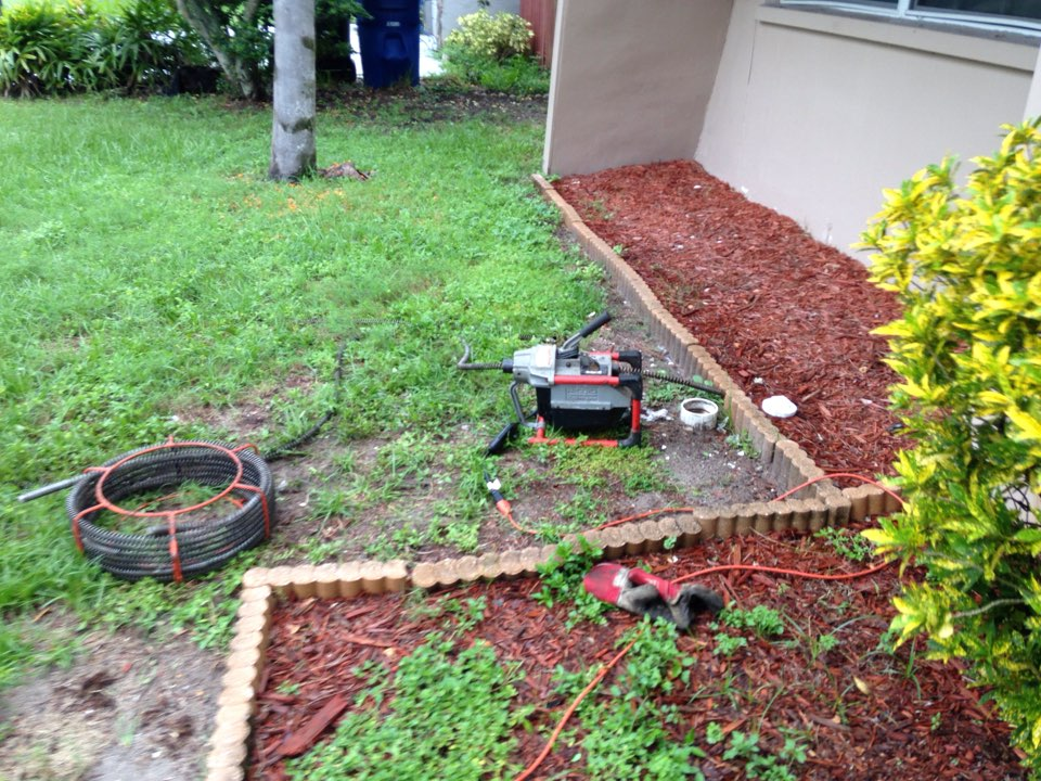 Clearwater, FL - Mainline stoppage