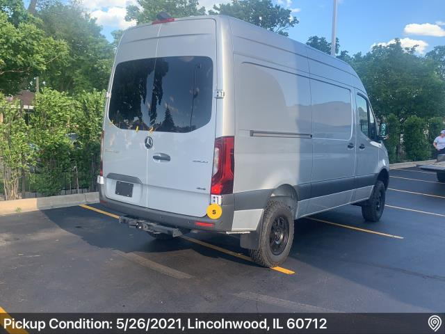 Lincolnwood, IL - Shipped a vehicle from Lincolnwood, IL to Forest City, IA