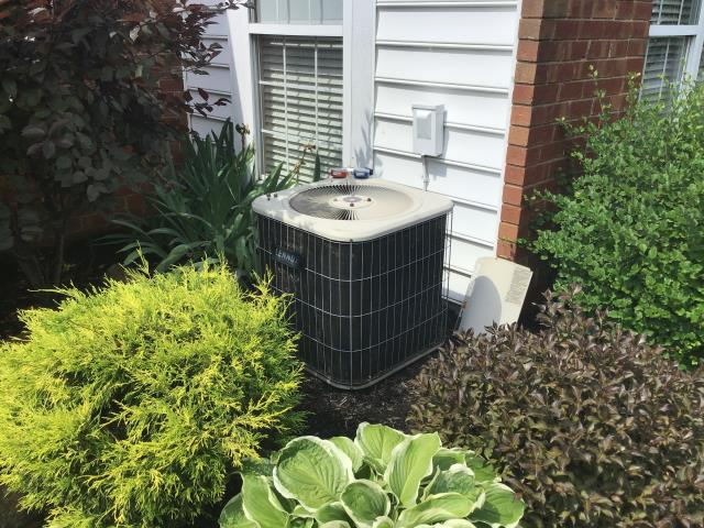 Columbus, OH - Performed a spring Pre- season Tune up / safety check on a 2013 COMFORTMAKER AC system.  Also replaced the blower wheel .