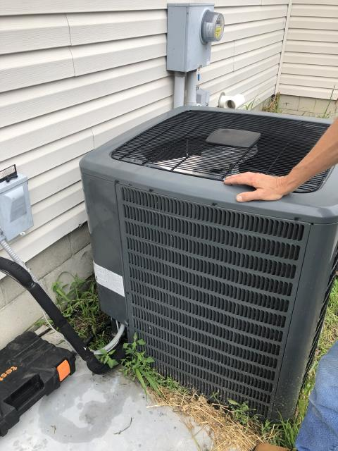 Etna, OH - Diagnostic Performed on Goodman Air Conditioner Failed Compressor