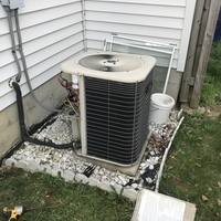 Canal Winchester, OH - Performed our Special Pre-Season Tune-up and Safety Checkout on a 2003 Lennox Air Conditioner. Added Easy Seal to the system and recharged with 0.5 lbs of R-22 Freon.