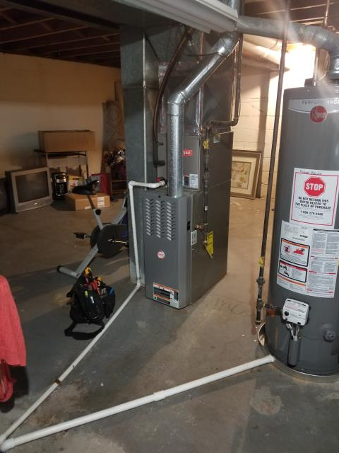 Columbus, OH - Performed Our Special Tune-Up & Safety Checkout On Payne  Gas Furnace To Keep Furnace Running Efficiently For The Winter Season.