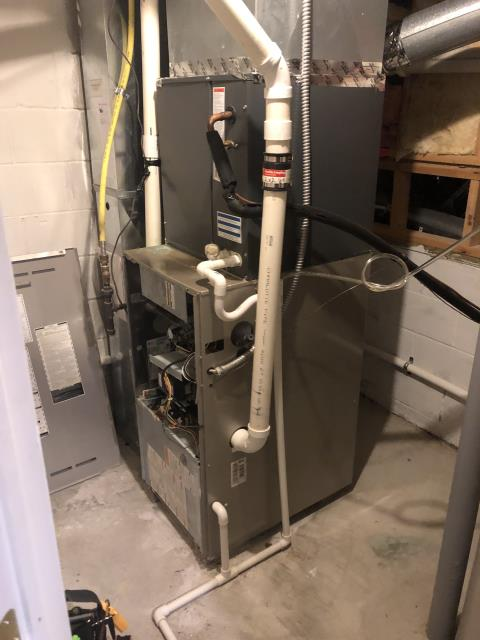 Blacklick, OH - Diagnostic Performed Lowered Fan Speed & Adjusted Gas Pressures On Carrier Gas Furnace To Keep Furnace Running At Highest Performance For The Winter Season