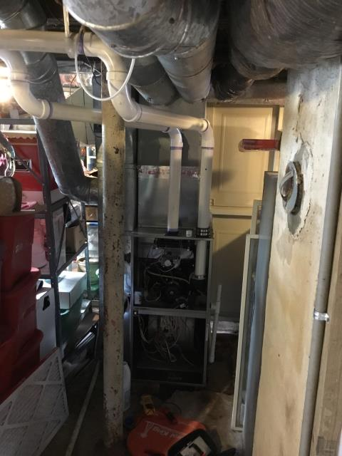 Reynoldsburg, OH - Performed Our Special Tune-Up & Safety Checkout On Carrier Gas Furnace To Keep Furnace Running Efficiently For The Winter Season
