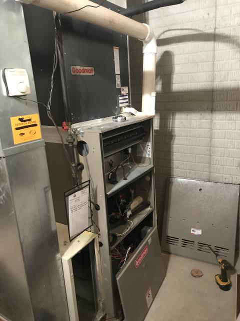 Pickerington, OH - Performed Our Special Tune-Up & Safety Checkout On  Gas Furnace To Keep Furnace Running Efficiently For The Winter Season