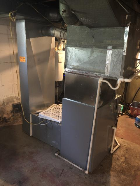 Columbus, OH - Seasonal maintenance on Comfortmaker furnace. All checks are good and the system is ready for winter.