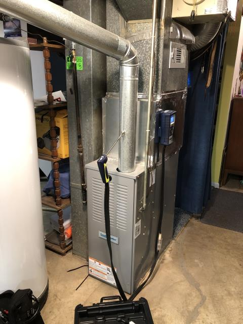 Columbus, OH - Tuneup and safety inspection on Comfortmaker furnace. All checks good. The unit is ready for winter.