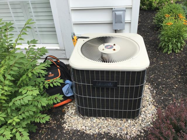 Pickerington, OH - Tuneup on Lennox AC. The system is working properly at this time.