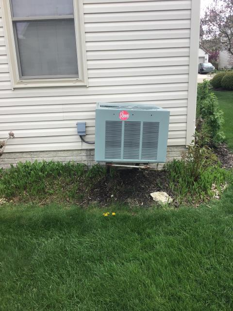 Hilliard, OH - I gave the customer a free estimate for a new Carrier 13 SEER Air Conditioner System