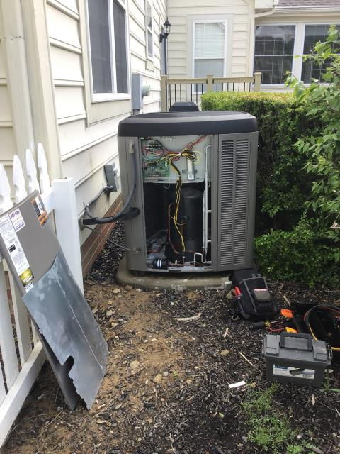 New Albany, OH - Performing our Five Star Tune-Up & Safety Check on a 2016 Lennox AC unit. All readings are within manufacturer's specifications at this time. Unit operational upon departure.