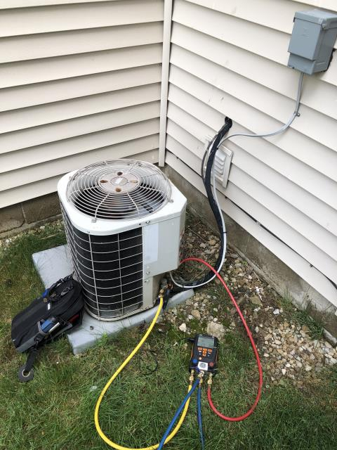 New Albany, OH - Performing our Five Star Tune-Up & Safety Check on a 2018 Carrier AC unit. All readings are within manufacturer's specifications at this time. Unit operational upon departure.