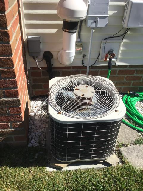 New Albany, OH - Seasonal maintenance on 2002 Bryant AC. The system is running as it should and is in good working order. 87940