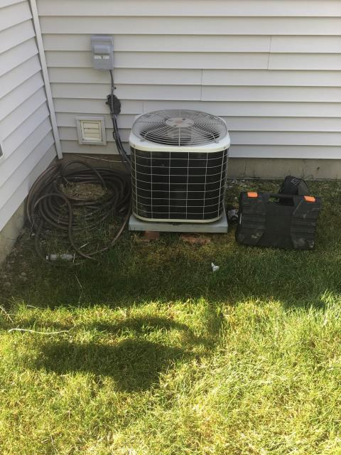 Westerville, OH - Tuneup and safety check on 2005 Bryant Air Conditioner. The system is cooling properly at this time.