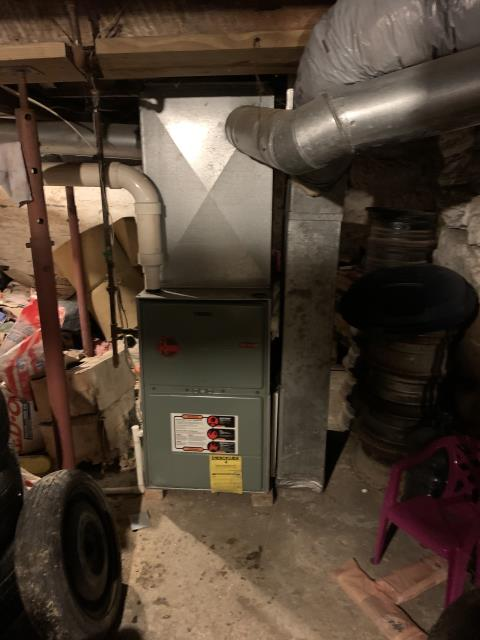 Lancaster, OH - I came out today to perform a tune up and safety check out on this Rheem furnace. Upon arriving I found that the inducer motor is not starting as it should and after diagnosing farther I found that internally it has burnt up and needs to be replaced. Gave the customer a price going to order and move forward once part is in.