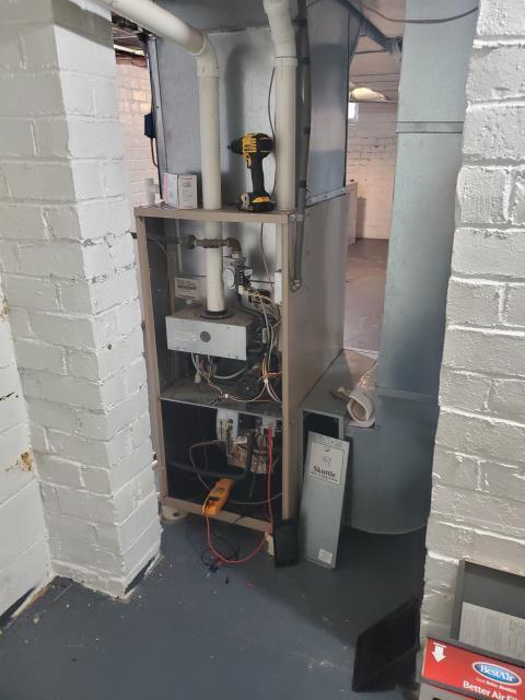 "Lancaster, OH - I installed a Five Star 96% 40,000 BTU Gas Furnace 3T 17"""