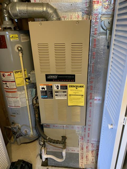 Lancaster, OH - I found that the ignitor is not coming on. Need to replace ignitor on Lennox gas furnace, will return to replace.