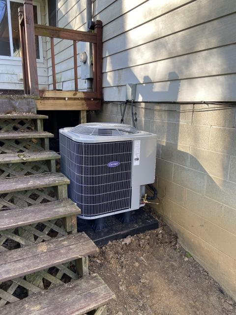 Lancaster, OH - I completed a scheduled maintenance agreement tune-up on a Carrier 14 SEER 2.5 ton Heat pump. All equipment functioning normally upon departure.