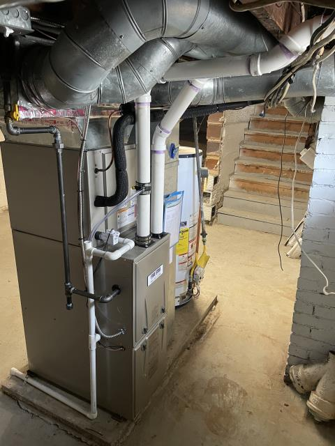 Reynoldsburg, OH - I installed a Five Star 95% 40,000 BTU Gas Furnace 3T 14 and a Five Star 13 SEER 2.5 Ton Air Conditioner. System is set and customer is ready for the cooling season.