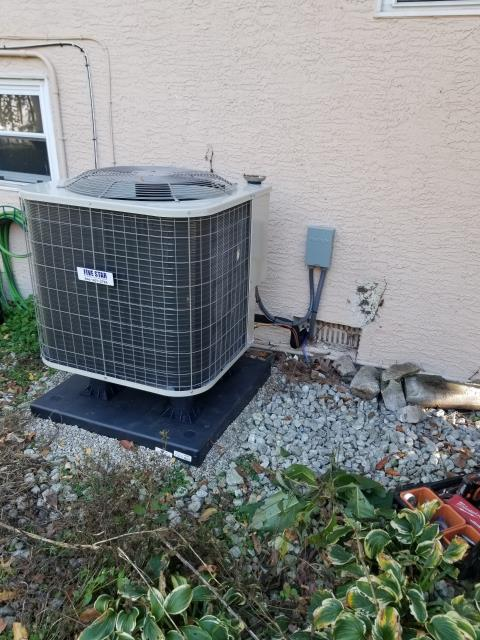 Canal Winchester, OH - I performed a tune up on a Five Star 14 SEER 2.5 Ton Heat Pump. Everything checked out within specs. System is operational upon departure.