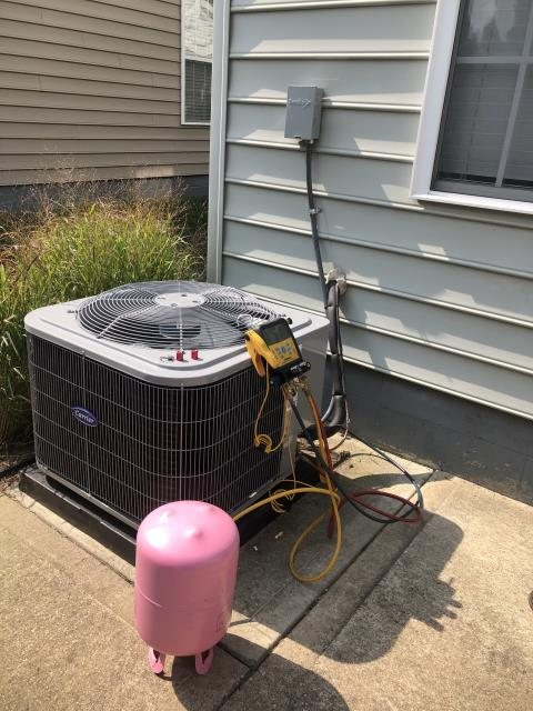 Hilliard, OH - I performed a tune up and safety check on a Carrier 13 SEER 3 Ton Air Conditioner.  I found no issues and the system was running according to manufacturer's specifications upon departure.