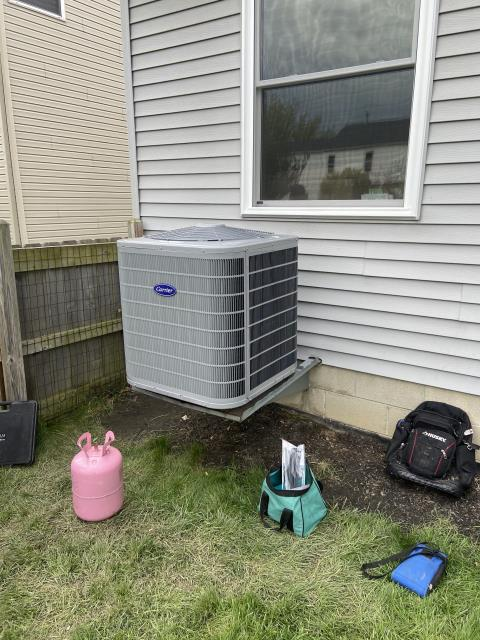 Hilliard, OH - I completed Installation Inspection on Aprilaire 600M Humidifier, Carrier 96% Variable-Speed Two-Stage Gas Furnace,  Honeywell T6 Thermostat, & Carrier 17 SEER Two-stage Air Conditioner.