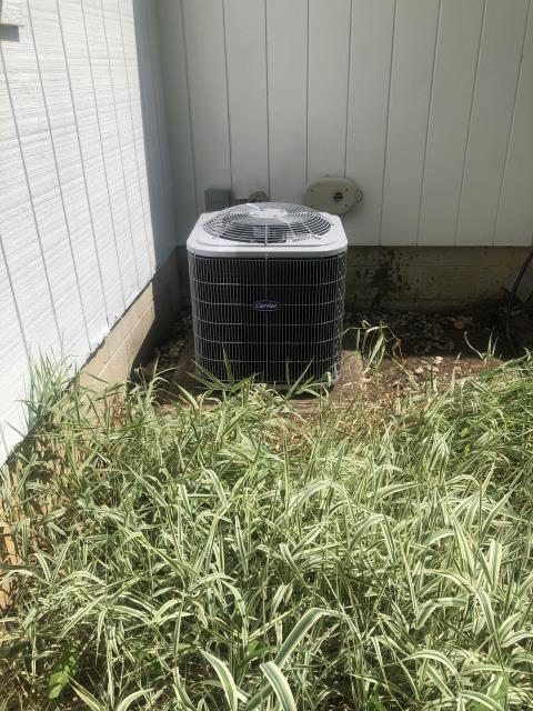 Groveport, OH - I performed Scheduled Maintenance Tune-Up & Safety Check on Carrier 13 SEER 2.5 TON Air Conditioner. I visually inspected the unit.  Checked voltages, amps and pressures. I inspected the evaporator coil.  I checked the temperature difference across the coil. I checked refrigerant charge, voltage and  Amps. I rinsed Condenser Coils, Cycled and Monitored the Unit. Unit Operating normally at this time.