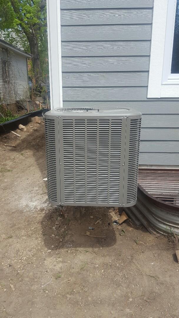 Barrington, IL - Lennox air conditioning installation