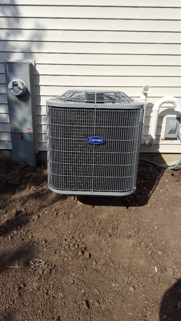 Woodstock, IL - New carrier air conditioning installation
