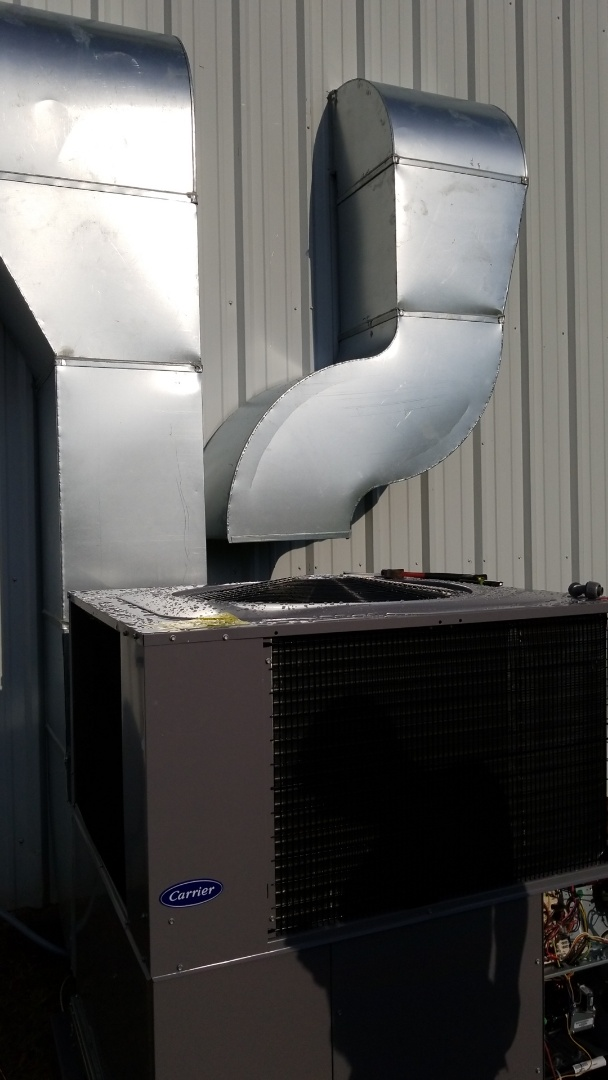 New Albany, MS - Installing new unit and duct
