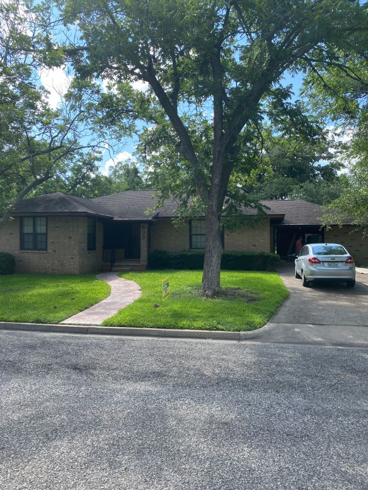 La Grange, TX - Doing an emergency temporary repair until the insurance adjuster gets here.