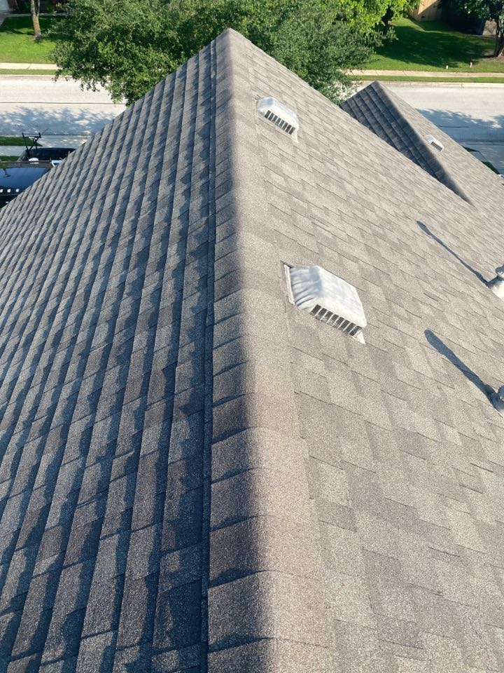 Pflugerville, TX - Inspecting a roof for hail damage