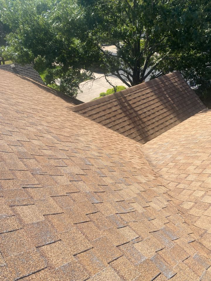 Austin, TX - Inspecting a roof