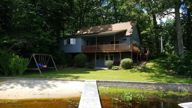 Montville, CT - New GAF roof  coming soon on this beautiful home in Montville CT